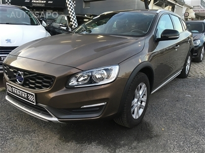 Volvo V60 Cross Country 2.0 D3 Momentum (150cv) (5p)