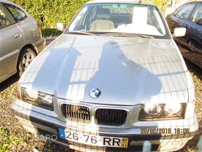 BMW Série 3 318 tds Exclusive (90cv) (4p)