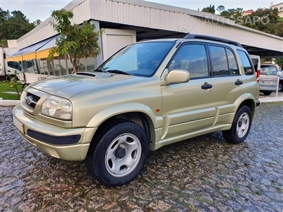 Suzuki Grand Vitara Metal Top 2.0 TDi