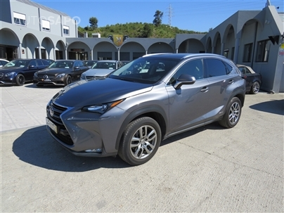 Lexus NX 300h Executive Plus