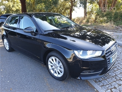 Audi A3 1.6 TDI Attraction Ultra (110cv) (4p)