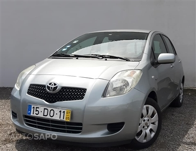 Toyota Yaris 1.4 D-4D AC Manual (90cv) (5p)