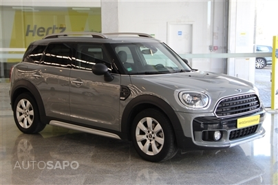 MINI Countryman D 1.5 116cv (interior JCW)