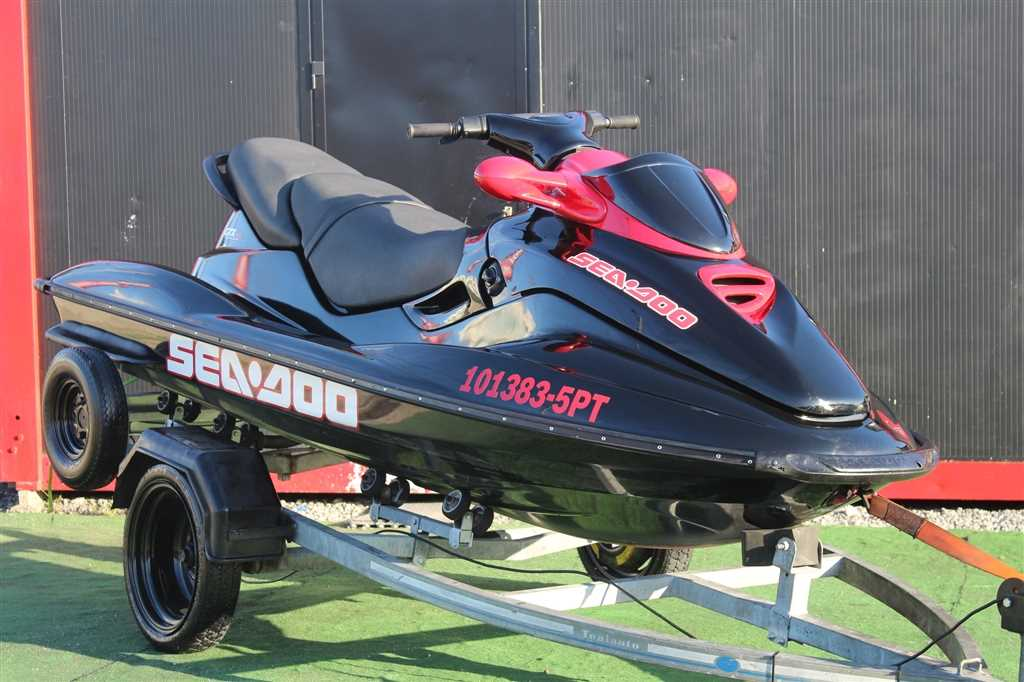 SEA DOO (Model.Model?.Description)