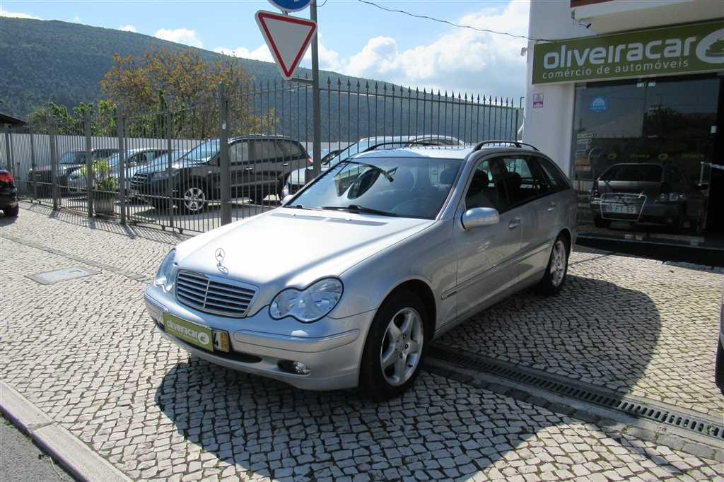 Mercedes-Benz (Model.Model?.Description)