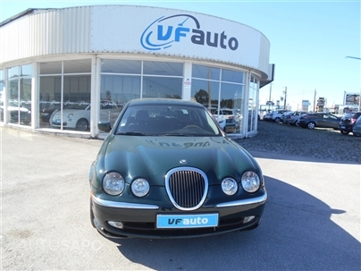 Jaguar S-Type 3.0 V6 Executive Aut. (238cv) (4p)