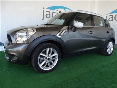 MINI Countryman Cooper SD (143cv) (5p)