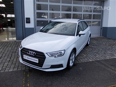 Audi A3 1.6 TDI 116CV BUSINESS LINE