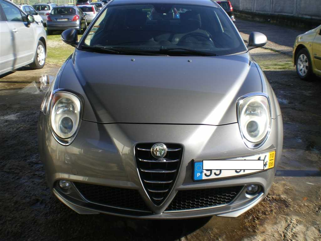 Alfa Romeo (Model.Model?.Description)
