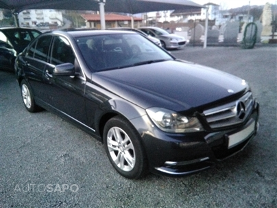 Mercedes-Benz Classe C 220 CDi Avantgarde BE (170cv) (4p)