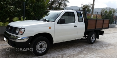 Nissan Pick-Up D22  Cab. King 4X2